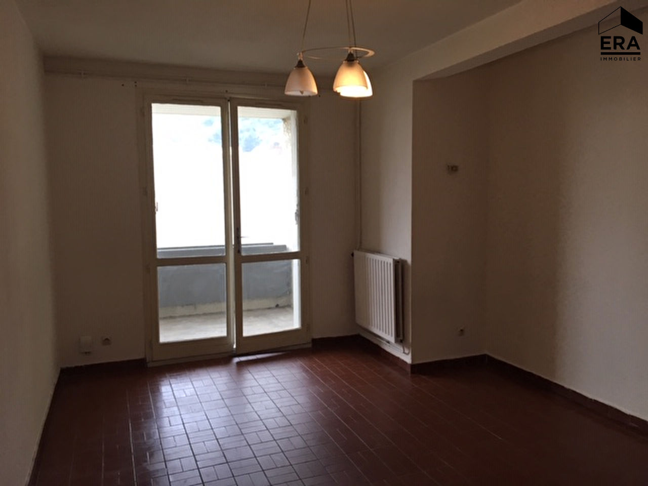 A LOUER CAVAILLON APPARTEMENT T2 + PARKING